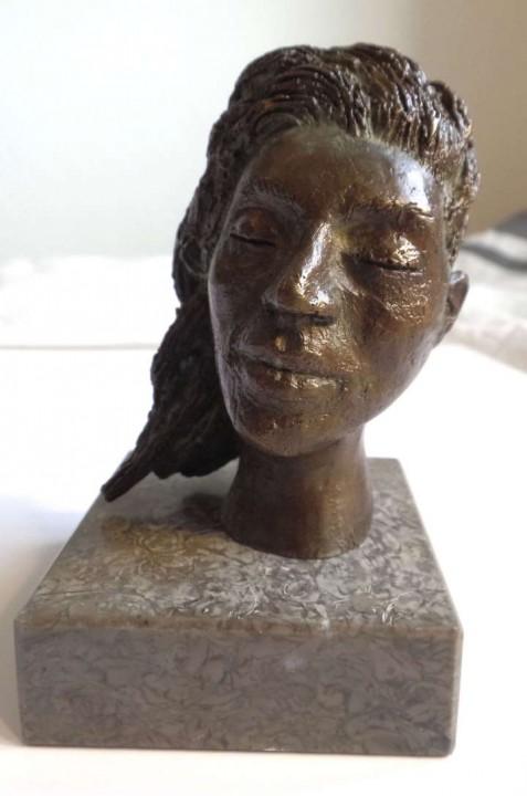 Paz de bronce / Bronze peace  6x10x6cm